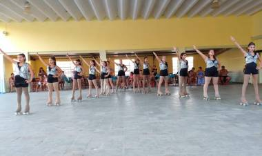 La Escuela de Patín Artístico de Luz y Fuerza se prepara para ir a Brasil