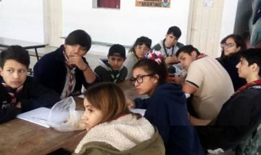 El Foro de Juventud de scout comenzó a planificar las empresas
