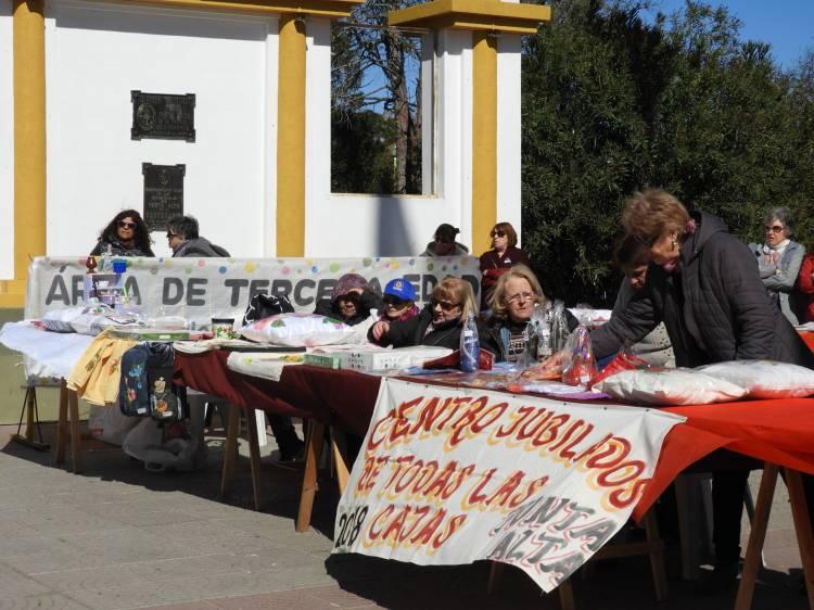 """El """"Día internacional del adulto mayor"""" se celebró en Plaza Belgrano"""