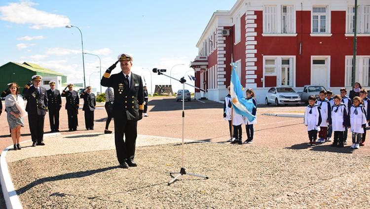 "Se descubrió una placa en homenaje a los tripulantes del crucero ARA ""General Belgrano"""