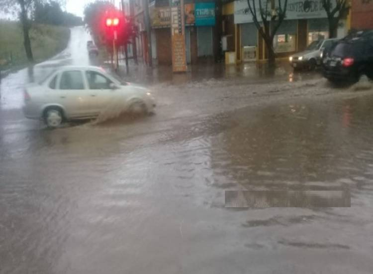 Complicaciones en la ciudad tras las intensas lluvias
