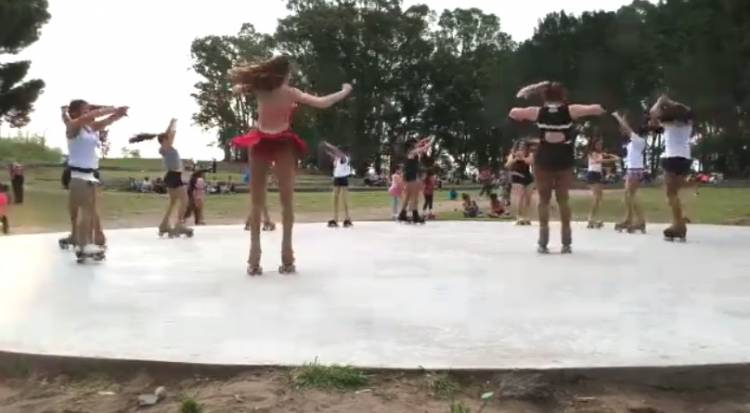 Las chicas de Show For Ever necesita colaboración para competir en Bariloche