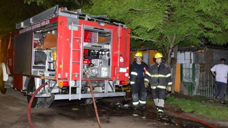 Una familia que perdió todo en un incendio tuvo una rápida respuesta de ayuda