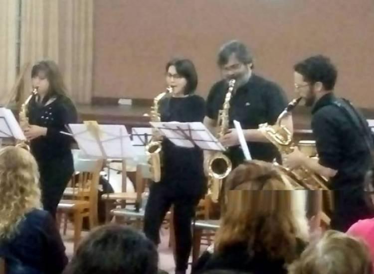 El CEPEAC en concierto cerró los festejos de la Sociedad Italiana