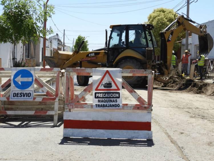 Por instalación de red cloacal habrá corte de total de calle en Río Limay y Paso