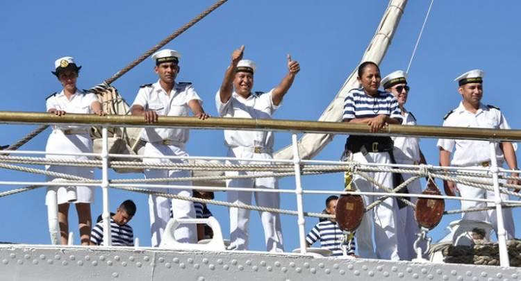 Arriba mañana a Buenos Aires la fragata Libertad