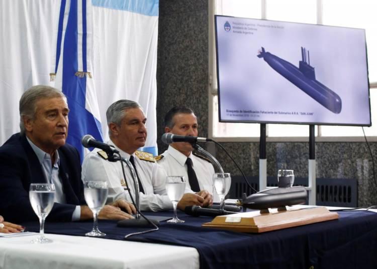 """ARA San Juan: Aguad dijo que Argentina """"no tiene los medios para reflotar"""" al submarino"""