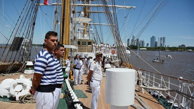 """La fragata ARA """"Libertad"""" finalizó su 47° Viaje de Instrucción"""