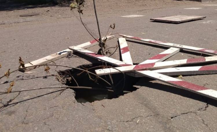 Se hundió el pavimento en el barrio Albatros XX