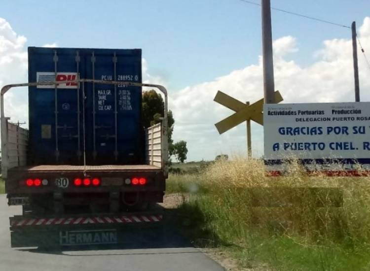 Comenzó el traslado de contenedores de Puerto Rosales a Vaca Muerta