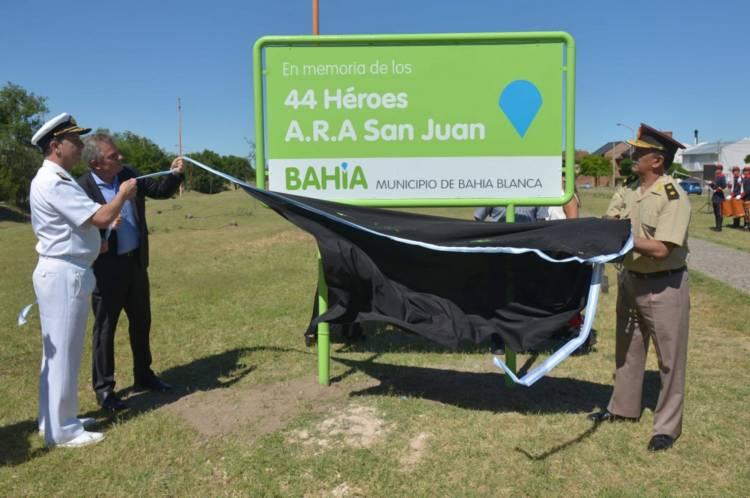 Bahía Blanca: Plantaron 44 árboles en homenaje a los héroes del ARA San Juan