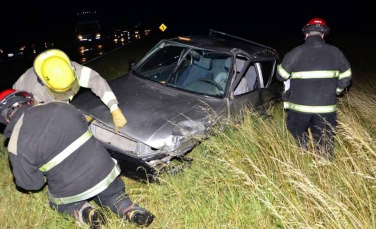 Heridos tras el choque entre dos autos
