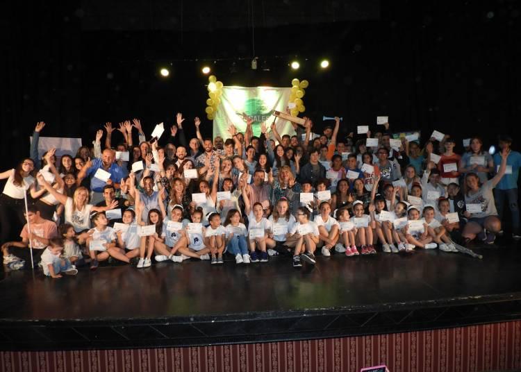 El Municipio reconoció a más de 160 deportistas de Coronel Rosales