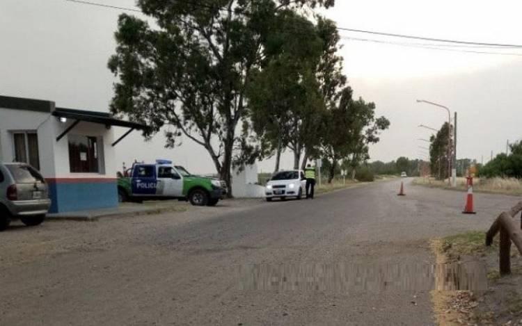 Se realizó un control policial en el acceso a Villa del Mar y Villa Arias