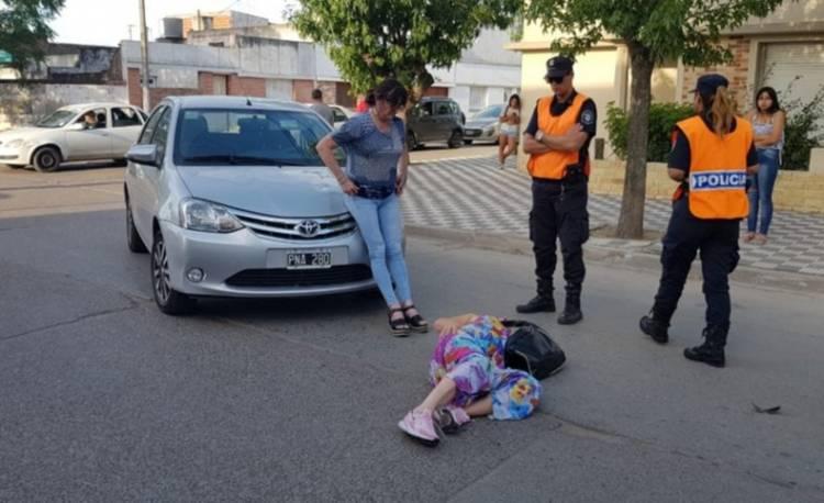 Una mujer fue atropellada y tuvo que ser derivada al Hospital
