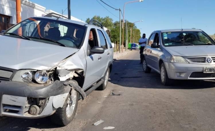 Una mujer resultó con lesiones tras un choque en Colón y Puerto Madryn