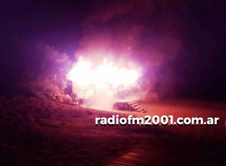 Pehuen Co: Se incendió un parador de la playa
