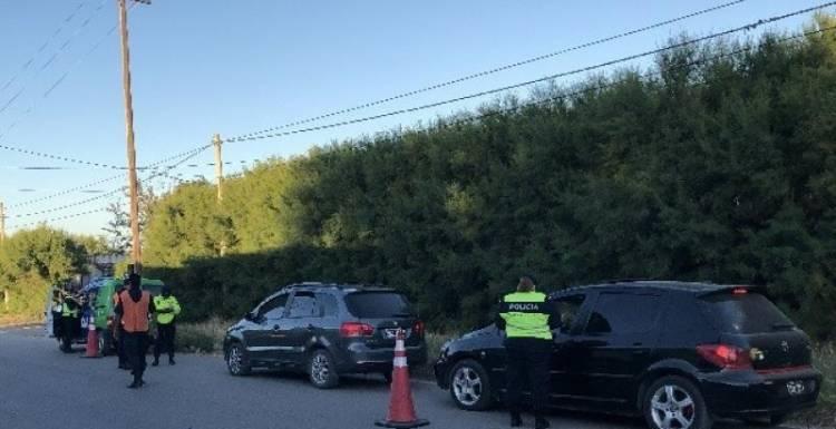La Policía realizó un operativo en Villa Arias