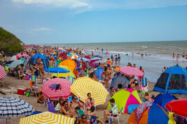 Pehuen Co: Turismo publicó las encuestas de demanda turísticas realizadas hasta ahora