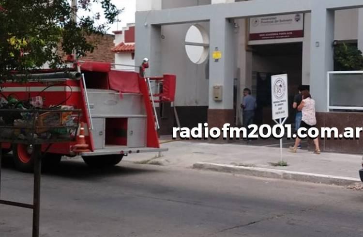 Principio de incendio en un edificio tras un desperfecto eléctrico