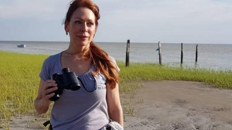 La ecóloga que en Villa del Mar es pionera en el rescate de tortugas marinas