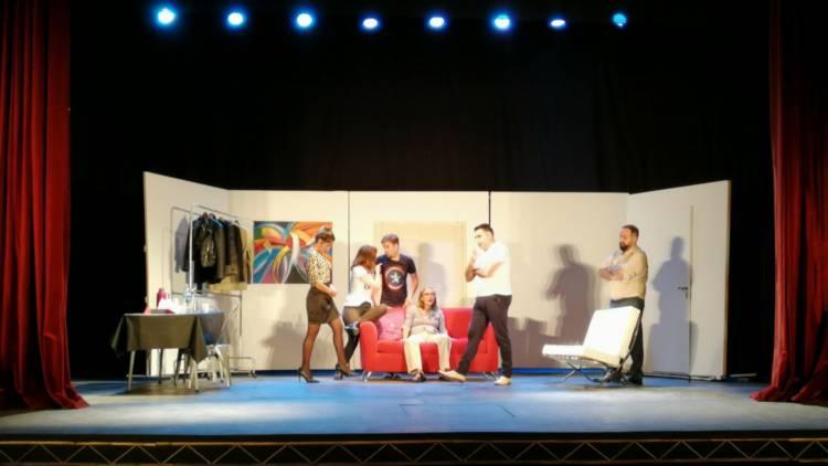 Comenzó el Encuentro Regional de Teatro Independiente en el Colón