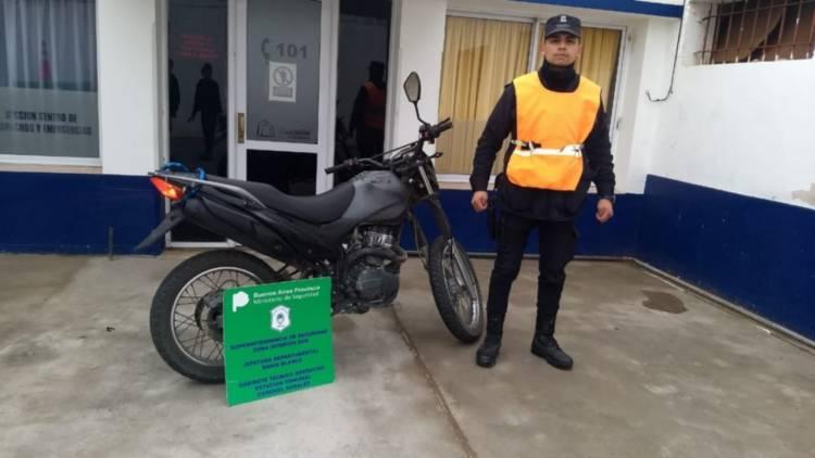 Se accidentó con la moto y la Policía le encontró cocaína y marihuana