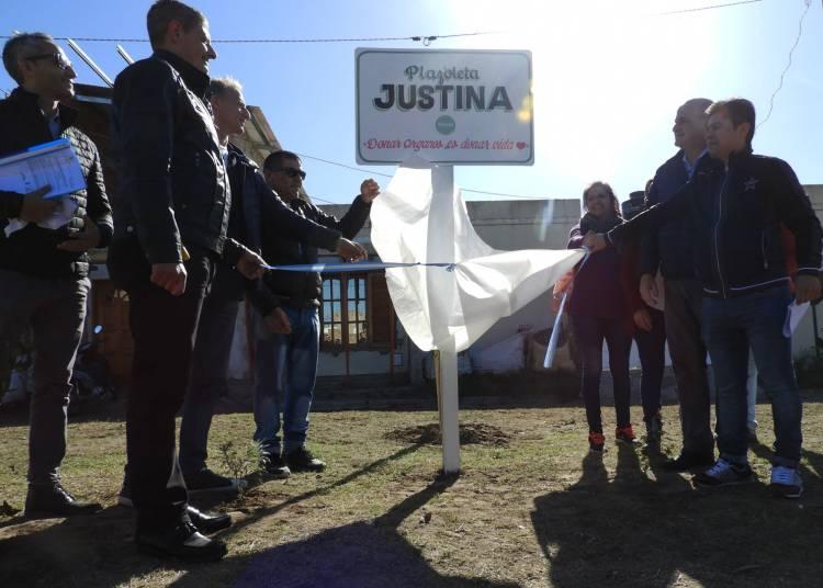 Una plazoleta del Barrio Las Dunas lleva el nombre de Justina