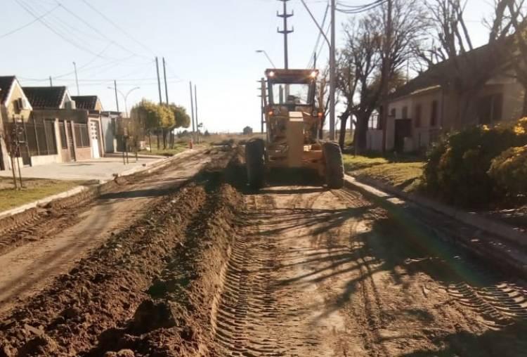 Comenzaron los trabajos para la pavimentación de dos cuadras de calle Buchardo