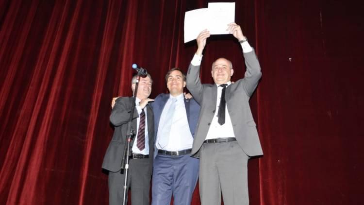 El ministro Tizado entregó el decreto del Consorcio de Gestión de Puerto Rosales