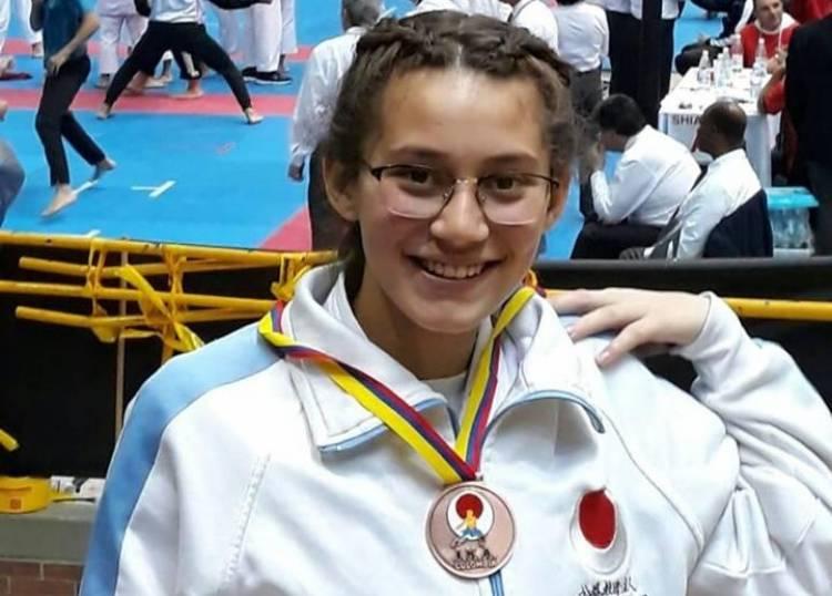 Candela Cotta fue medalla de bronce en el Panamericano de Karate en Colombia