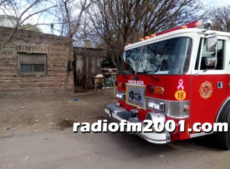 Bomberos asistió a una casa que sufrió un cortocircuito eléctrico