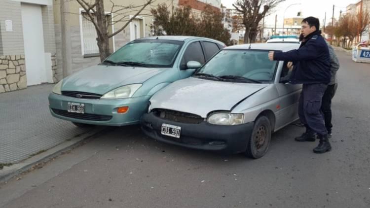 Sufrió problemas mecánicos en su auto y chocó