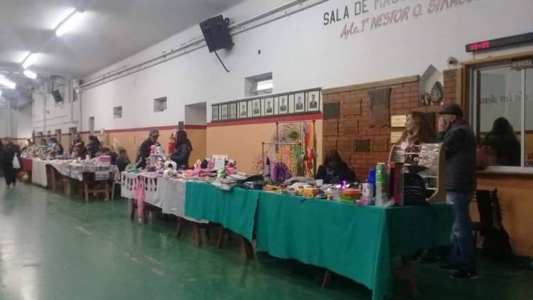 Feria de artesanos en el cuartel Bomberos Voluntarios