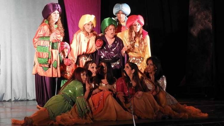 """Noches de Arabia"" se estrenó con dos funciones a sala repleta"