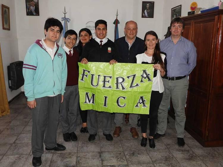 Uset recibió a los alumnos del Centenarios premiados en Olimpíadas de Economía