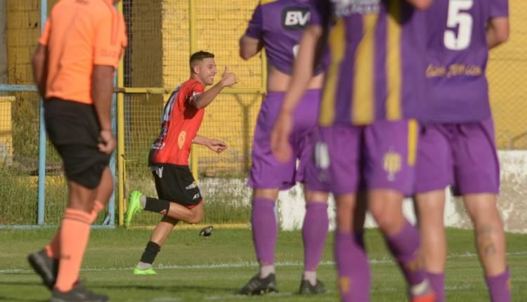 Liga del Sur: Sporting le ganó a Tiro Federal sobre el final del partido