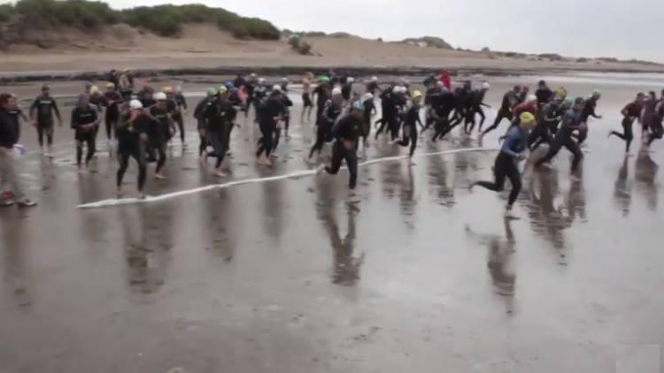 Pehuen Co: Más de cien atletas disputaron el primer Triatlón Olímpico
