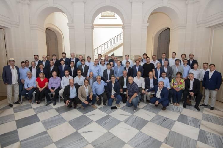 El Intendente Uset participó de un encuentro de intendentes con el gobernador Kicillof