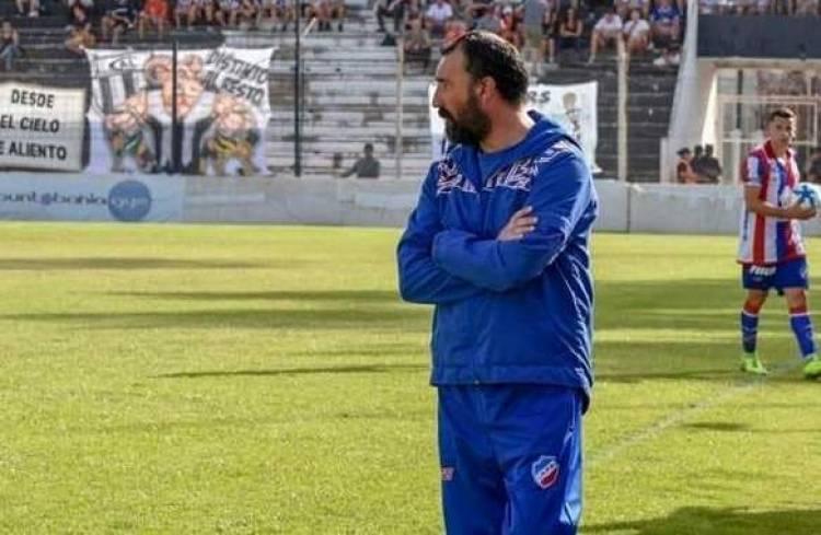 Gómez Peña será el DT de Rosario Puerto Belgrano
