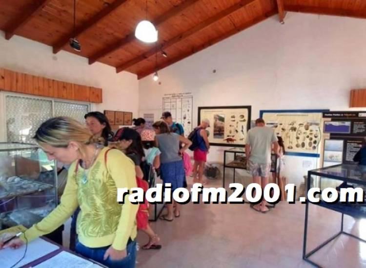 Pehuen Co: Récord de visitantes en la Sala de Interpretación Paleontológica
