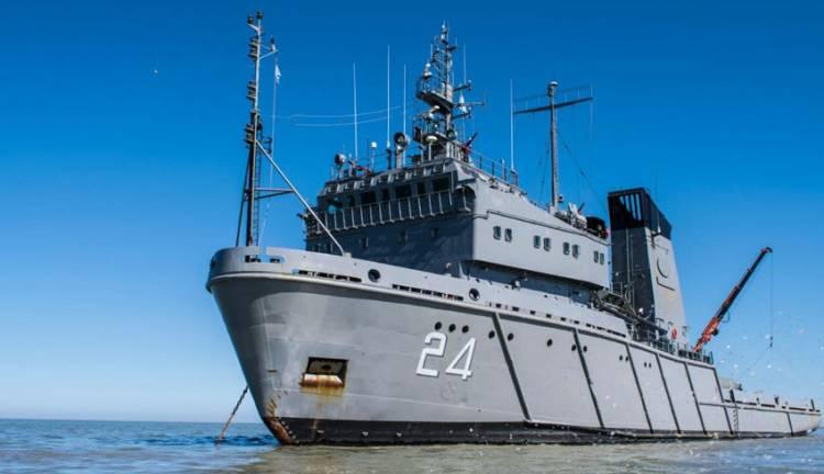 """Puerto Belgrano: El aviso ARA """"Islas Malvinas"""" se encuentra fondeado como medida preventiva"""