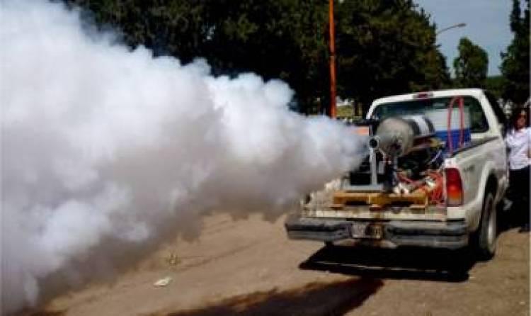 El municipio incrementa las fumigaciones debido a la gran cantidad de mosquitos