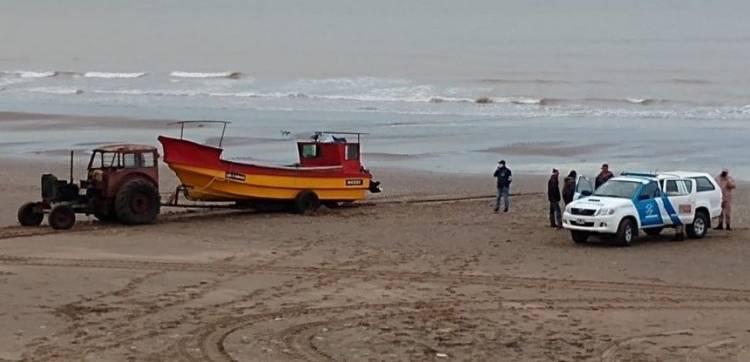 Pehuen Co: Prefectura infraccionó a 7 pescadores que violaron la cuarentena y se creían perdidos