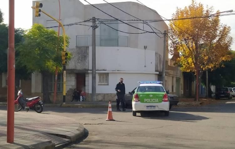 Accidente de tránsito en la esquina de Villanueva y 25 de mayo