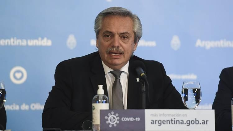 """Con el foco en barrios populares, Fernández afirmó que aislamiento """"durará lo que tenga que durar"""""""