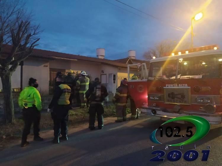Principio de incendio en una vivienda del Barrio Centenario