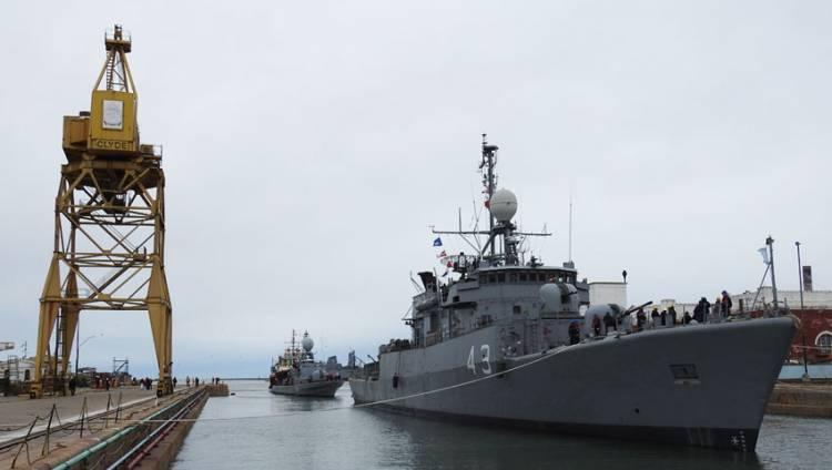 Puerto Belgrano: Concluyó el trabajo en dique de dos unidades navales