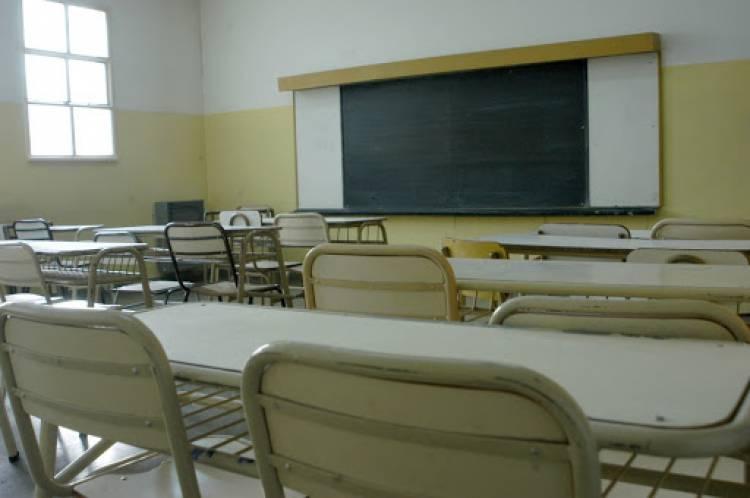 El Gobierno Bonaerense convocó a los docentes y judiciales a paritarias