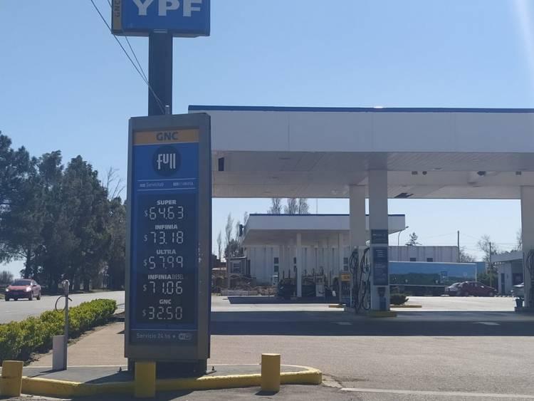 Así está el valor del combustible en Punta Alta luego del aumento del 3,5 porciento de YPF